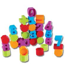 Buchstaben und Zahlen aus Kunststoff