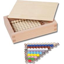 Farbige Perlentreppe und Zehnerstäbchen