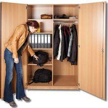 Garderobenschrank 1