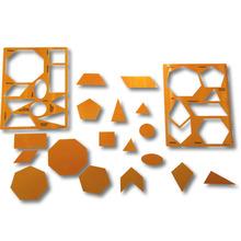Geometrische Formen mit Schablonen