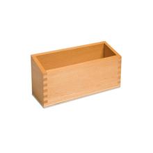 Kasten aus Holz, naturfarben